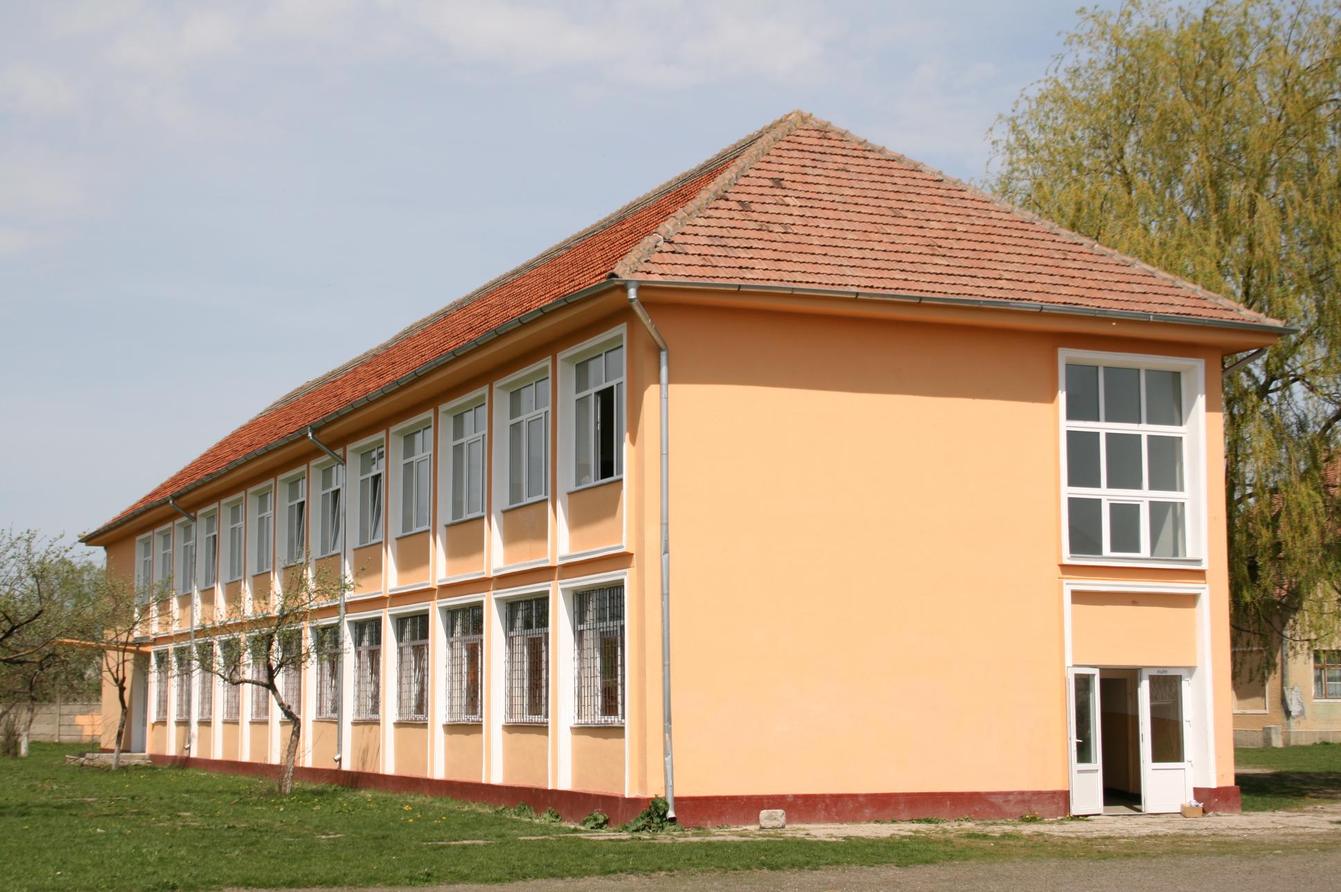 Şcoala Generală Lunca Câlnicului colnie